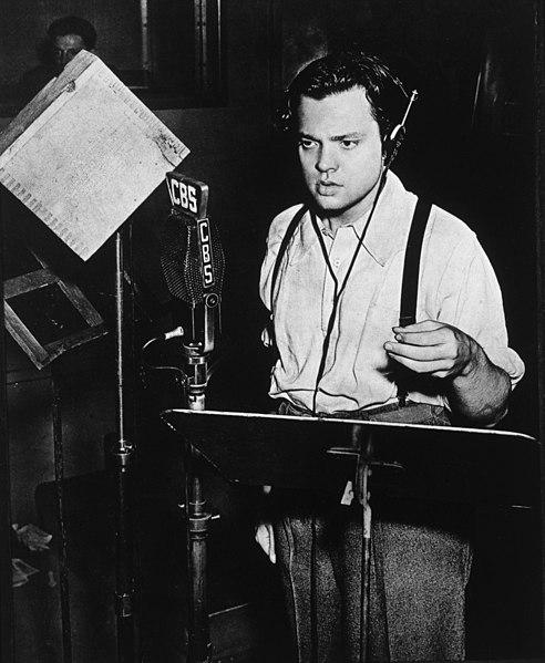 ????:Welles-Radio-Studio-1938.jpg