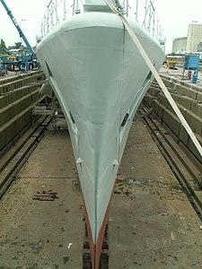 Wielinge Bow in Drydock p6, Antwerp, Belgium.JPG