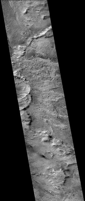 Slipher (Martian crater) - Slipher Crater on Mars, as seen by MRO's CTX camera