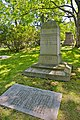 Yung Wing Grave 2012 FRD 4390.jpg