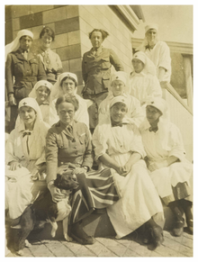 """The Chief"" (Elsie Inglis) and some of her sisters - 1916.png"