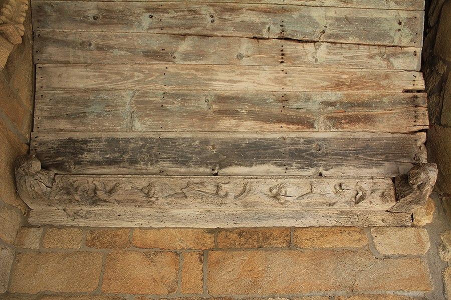 Église Sainte-Barbe (Moustoir-Ac): charpente du porche sud