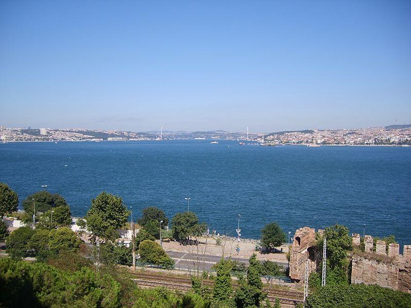 File:İstanbul Boğazı... - panoramio.jpg