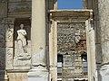 Вход в библиотеку Цельсия. Эфес. Турция. Июнь 2012 - panoramio.jpg
