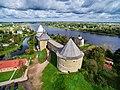 Крепость Старая Ладога с высоты птичьего полета 02.jpg