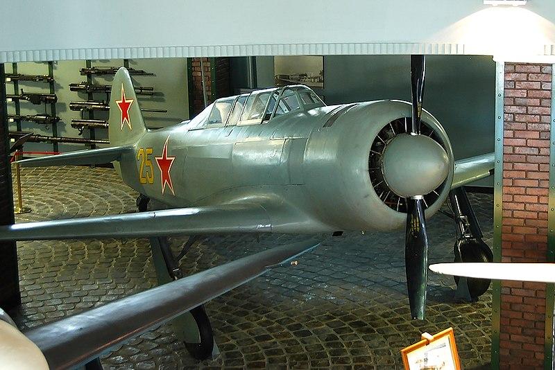 File:Яковлев Як-11, Москва - музей Вадима Задорожного RP3415.jpg