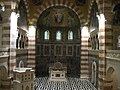 """כנסיית """"אוגוסטה ויקטוריה"""" - אולם התפילה הראשי מלמעלה.JPG"""