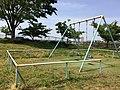 園内のぶらんこ.jpg