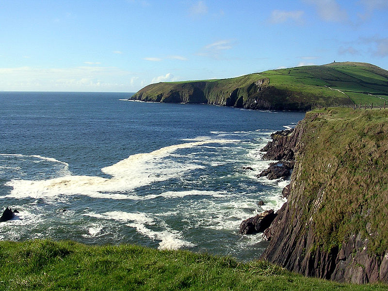 dingle dating site Day 4: slea head - ballyferriter 16km • 4 - 5 hours • ↑ 230m delving ever deeper into the gaeltacht you continue along the atlantic coastline discovering some of ireland's more picturesque and secluded beaches and enjoying the marvellous scenery.