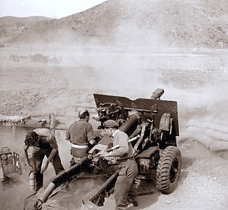 Royal Regiment of New Zealand Artillery - New Zealand gunners in action in Korea, April 1952