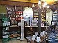 043 Farmàcia Santa Caterina, c. Carders 3 (Barcelona).jpg