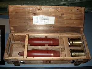 122 mm howitzer M1910/30 - Ammunition for the M1910/30 in The Artillery Museum of Finland, in Hämeenlinna.