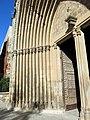 142 Monestir de Sant Cugat del Vallès, arquivoltes del portal.JPG