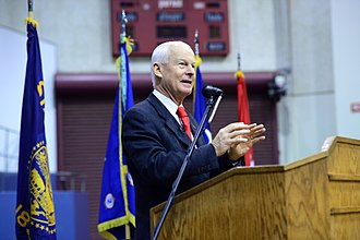 Dennis Richardson (politician) - Richardson speaking to members of the Oregon Army National Guard in January 2017
