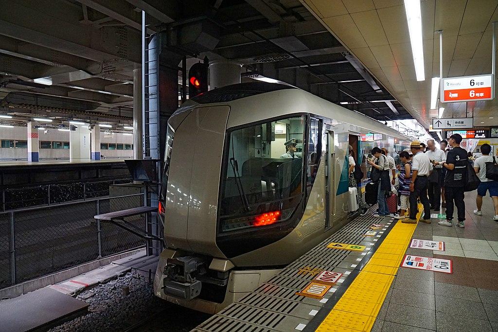 170824 Kita-Senju Station Tokyo Japan06n