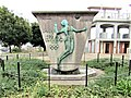 1964 statue-Tokyo 2020 meet up IMG 0631.jpg