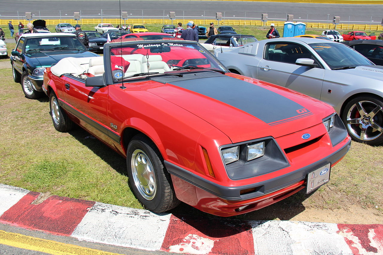 File:1985 Ford Mustang GT Convertible (14209939307).jpg ...
