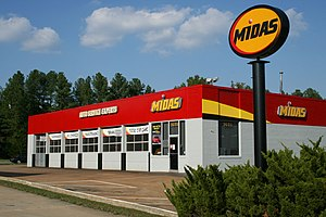 Midas (automotive service) - Image: 2008 10 05 Midas Auto Service Experts in Durham