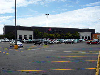 Herberger's - A Herberger's location in Roseville, Minnesota with the old logo.