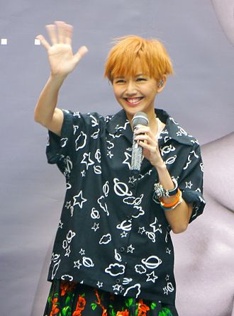 Stefanie Sun - Sun at the signing session of Kepler in Taipei, March 2014