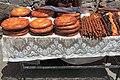2014 Prowincja Kotajk, Stragany z jedzeniem przed klasztorem Geghard (02).jpg