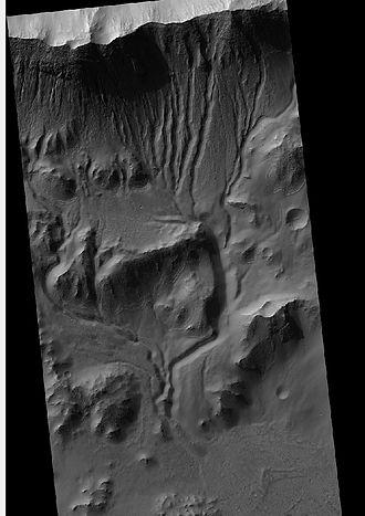 Terra Cimmeria - Image: 25090gullies