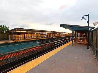 80th Street (IND Fulton Street Line) - Platforms after renovation