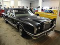 83 Lincoln Continental Mark VI Town Car (6316903992).jpg