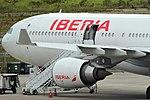 A330-300 IBERIA SBGR (32870535090).jpg