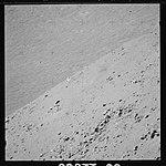 AS15-89-12095 (21488964240).jpg