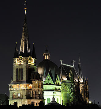 Aachen Cathedral - View from west-south-west at night