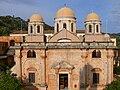 Agia Triada Klosterkirche - Fassade.jpg