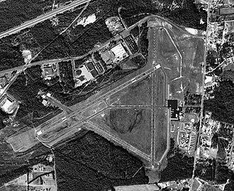 Aiken Regional Airport - USGS aerial image as of 19 January 1994