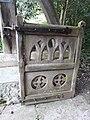 All Saints' Church, Farringdon, Hampshire 03.jpg