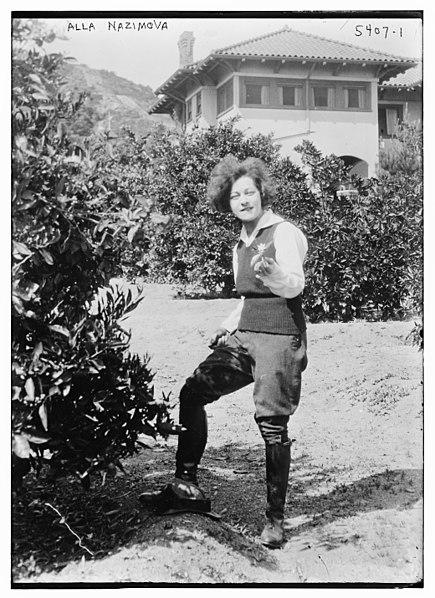 File:Alla Nazimova LCCN2014712156.jpg