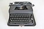 Alte Olympia Typewriters.jpg