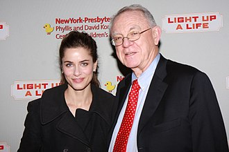 Herb Pardes - Amanda Peet and Herbert Pardes in 2009