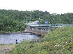 Anarjohka river, Norway-Finland border.jpg