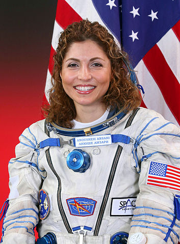Astronaut Anousheh Ansari, NASA photo (9 November 2005)Source: Wikipedia 353px-AnoushehAnsari.jpg
