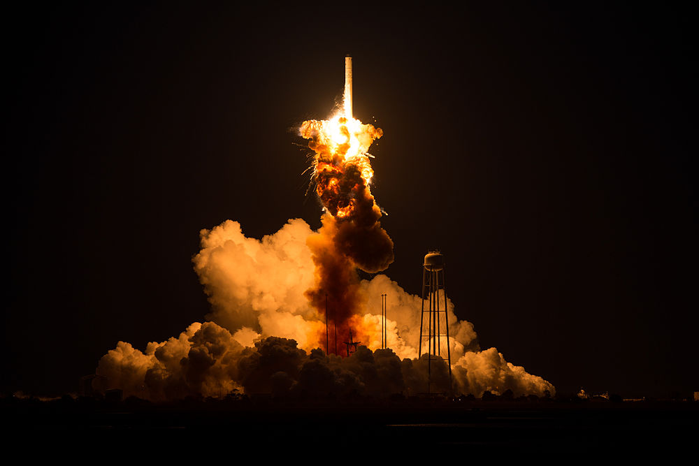Antares Orb-3 launch failure (201410280009HQ).jpg