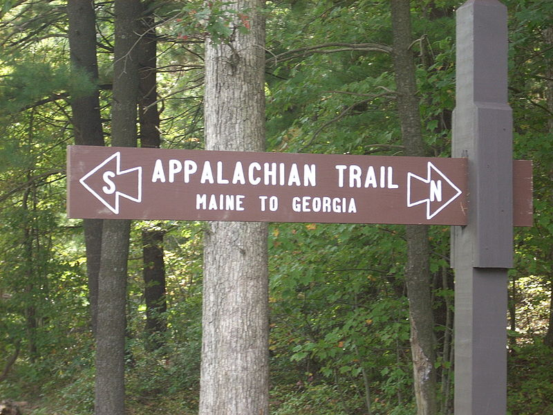 File:Appalachian Trail sign in Pennsylvania.JPG