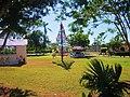 Arbolito y jardín, Bacalar, Q. Roo - panoramio.jpg