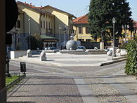 Arluno piazza del popolo.JPG