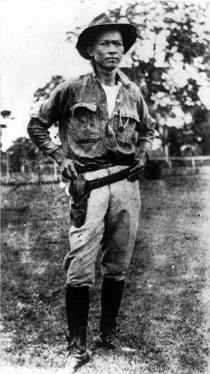 Anastasio Somoza García - Augusto César Sandino.