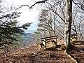 Ausblick vom Traufgängerweg (beim Heiligenkopf 893 m ü. NN), Traufgang - panoramio.jpg