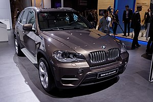 BMW X5 Xdrive40d - Mondial de l'Automobile de Paris 2012 - 001.jpg