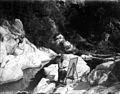Baldomer Gili Roig. Baldomer Gili Roig pintant (Maçanet de Cabrenys) c. 1911.jpg