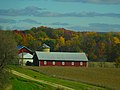 Barn and a Silo West of Baraboo - panoramio.jpg