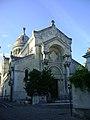 Basilique Saint-Martin 4.jpg