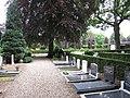 Begraafplaats Lunteren (30302867893).jpg